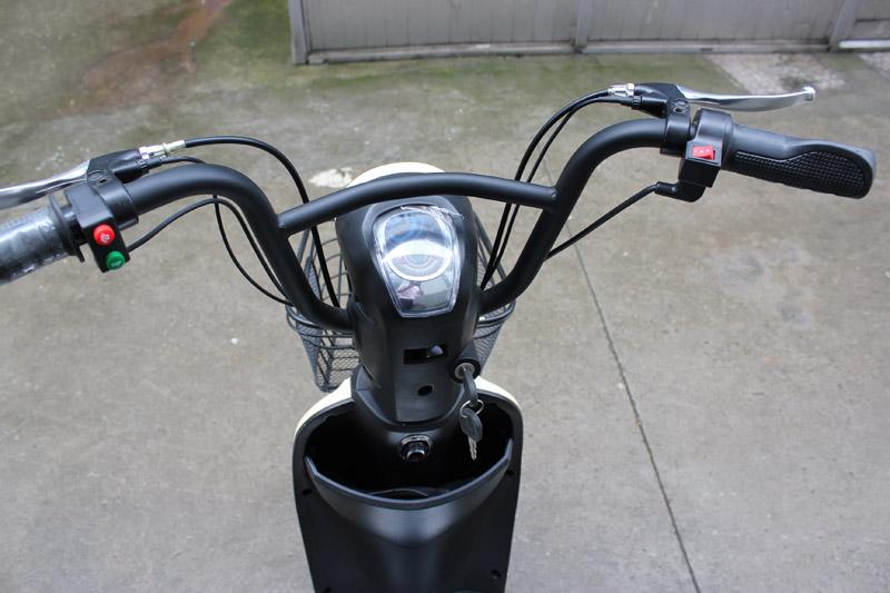 3-SY-BDX_Details_3 gear speed button