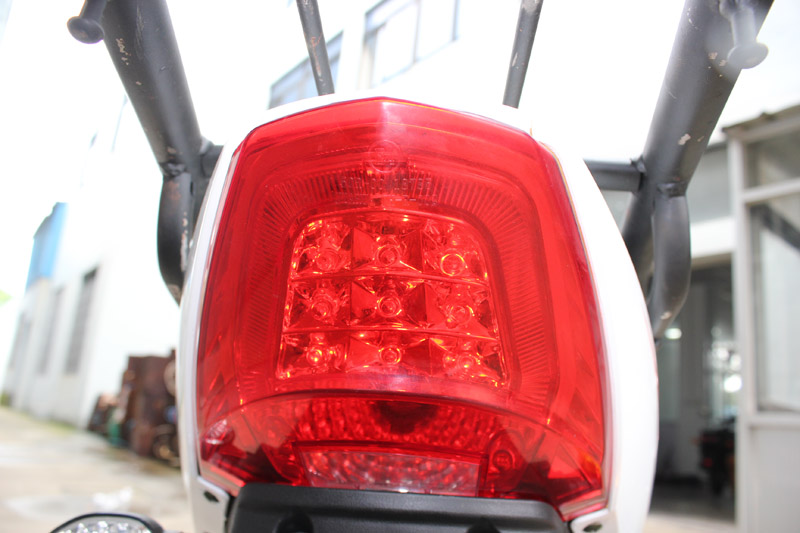 SY-DHY_Details_E4 LED rear light
