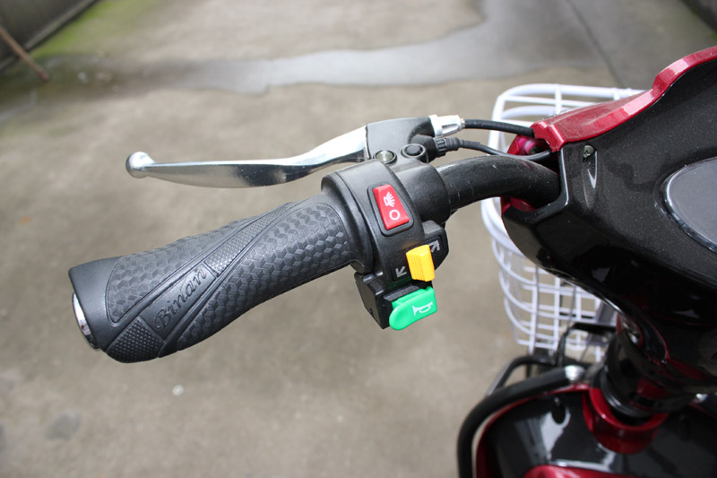 electric bike SY-JML_Details_left handle bar with head light-turnning light-horn button