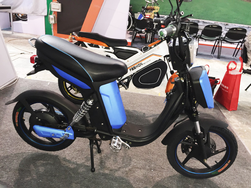 Electric Bike Modern Knight 2016_SY-LXQS(HKS)_119th_Canton_Fair Booth